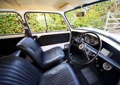 1968 Morris Mini Police Cooper S - Silodrome Mini Cooper Classic, Mini Cooper S, Classic Mini, Classic Cars, Mini Paceman, Mini Morris, Cooper Car, Mini Countryman, Car In The World