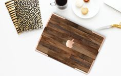 Dark Varnished Wood Gold Accents Hybrid Hard Case for Apple Macbook Air & Mac… Macbook Pro 13 Case, New Macbook, Laptop Cases, Macbook Air, Phone Cases, Woodworking Store, Woodworking Logo, Woodworking Clamps, Woodworking Books