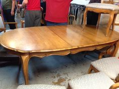 How to transform a vintage dining table