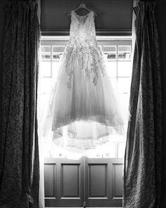 Emmeline LEGRAND Photographe Bayonne (@emmelinelegrand) • Wedding dress Mermaid Wedding, One Shoulder Wedding Dress, Wedding Dresses, Fashion, Photography, Bride Dresses, Moda, Bridal Gowns, Fashion Styles