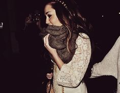 love the lace and chunky scarf