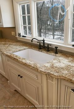 Supreme Kitchen Remodeling Choosing Your New Kitchen Countertops Ideas. Mind Blowing Kitchen Remodeling Choosing Your New Kitchen Countertops Ideas. Kitchen Countertop Materials, Granite Kitchen, Kitchen Countertops, Cream Kitchen Cabinets, Kitchen Backsplash, Cheap Countertops, Laminate Countertops, Backsplash Ideas, Marble Countertops