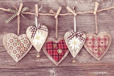 Hearts x 5 Valentine Day Love, Valentine Day Crafts, Christmas Crafts, Christmas Ornaments, Heart Decorations, Valentines Day Decorations, Fabric Hearts, Theme Noel, Heart Crafts