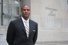 Uncommon Valor-One Courageous Man Refuses To Participate In Racism: Ondray Harris, Executive Director, Public Employee Relations Board of the District of Columbia, Quits Because Board Demands 'No White People Allowed To Be Hired' American Exceptionalism, Culture War, People Of Interest, Alternative News, Conservative Politics, White People, Political News, Public Relations, Role Models