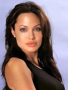 Angelina Jolie, Double Tap, Beautiful Women, Celebrities, Movies, Instagram, Female Actresses, Faces, Sweetie Belle