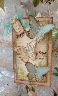 Tammy's Heart Map shapes burn edges great reminder of old mod podge projects with mom. Arts And Crafts, Paper Crafts, Diy Crafts, Card Tags, Gift Tags, Collages, Butterfly Cards, Tag Art, Vintage Cards