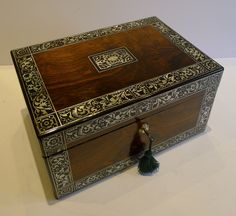 English Mother Of Pearl Inlaid Jewlery Table Box 1830 Inlaid Jewelry Antiques Pearls