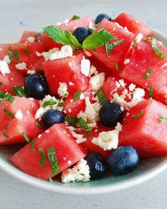 Watermeloensalade met bosbessen, munt en feta 2