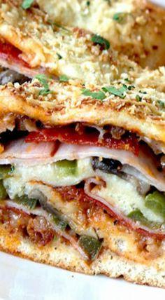 35 MINUTE NO WAIT NO RISE STROMBOLI (AKA HOW TO MAKE ROLLED PIZZA)