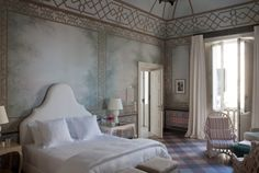 Beautiful! Want to visit here...                     Francis Ford Coppola opens new hotel in southern Italy - Pursuitist