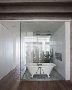 Banheiro aberto - Minha escolha para a pre-estreia de Um Senhor Estagiário
