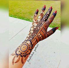 Palm Mehndi Design, Floral Henna Designs, Mehndi Designs Book, Indian Mehndi Designs, Modern Mehndi Designs, Mehndi Designs For Fingers, Wedding Mehndi Designs, Mehndi Design Pictures, Latest Mehndi Designs