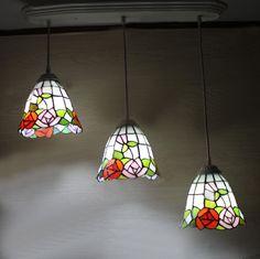 174.00$  Buy now - http://alif21.worldwells.pw/go.php?t=32694085635 - Roses Shape Pendant Lamp Tiffany European Style Vintage Pendant Light Dinning Room Pendientes Lustre Kitchen Bar Lamp 174.00$