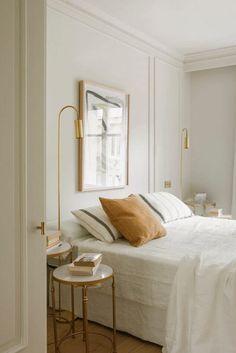 Minimal Bedroom Design, Bedroom Minimalist, Minimalist Decor, Minimal Home Design, Minimalist Flat, White Bedroom Design, Minimalistic Kitchen, Home Bedroom, Modern Bedroom