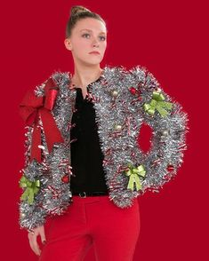 51 Ugly Christmas Sweater Ideas So You Can Be Gaudy and Festive Getting ready for your themed Christmas party? Then you need to look at our selection of ugly Christmas sweater ideas to make you really stand out. Homemade Ugly Christmas Sweater, Diy Ugly Christmas Sweater, Ugly Sweater Party, Diy Christmas Sweaters, Ugly Sweaters Diy, Christmas Clothing, Christmas Fashion, Tacky Sweater Diy, Tacky Christmas Outfit