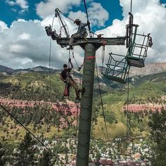 Just another day for #telluride #liftmaintenance. Can you name that lift?  Photo by @billy_smalls with @therealcatchpole by tellurideski