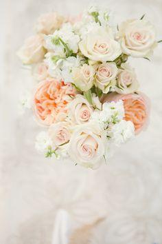 beautiful neutral bouquet #wedding #flowers