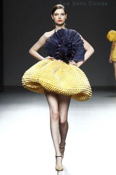 So you always wanted to look like a mushroom...... Eva Soto Conde, Primavera/Verano 2015