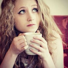 I absolutely love Janet Devlin!