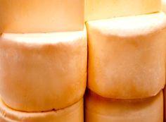 IMA reconhece Glória como produtor de queijo http://www.passosmgonline.com/index.php/2014-01-22-23-07-47/geral/9657-ima-reconhece-gloria-como-produtor-de-queijo