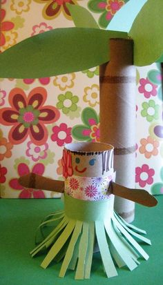 Hula Girl Paper Roll Craft with a Paper Roll Palm Tree // For more family resources visit www.tots-tweens.com! :)