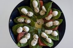 Make this quick and Easy Caprese Appetizer Recipe for all your parties. It's so simple to make a caprese appetizer and everyone enjoys them. Caprese appetizers are a quick little Italian finger food that you can throw together easily. Make quick Italian appetizer recipes like this one for caprese. Enjoy the tasty blend of cheese and caprese for a delicious Italian party appetizer.
