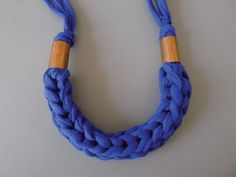 How to braid a necklace. Finger Knit Necklace - Step 16
