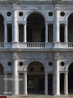 Basilica Palladiana (Palazzo della Ragione), by Andrea di Pietro ...