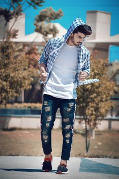 Best Poses For Photography, Fashion Photography Poses, Portrait Photography Poses, Photography Poses For Men, Portrait Ideas, Senior Photography, Boy Photo Shoot, Cute Boy Photo, Photo Poses For Boy