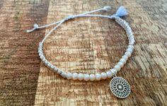 Armbänder - Armband Macramé Perlen Bohemian Anhänger silber - ein Designerstück von saniLou bei DaWanda