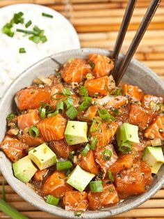 Inexpensive Recipes for Your Everyday Meals Hawaiian Salmon Poke - Make this Hawaiian dish easily at home.Hawaiian Salmon Poke - Make this Hawaiian dish easily at home. Sushi Recipes, Asian Recipes, Cooking Recipes, Healthy Recipes, Healthy Oils, Vegetarian Recipes, Seafood Dishes, Seafood Recipes, Seafood Appetizers