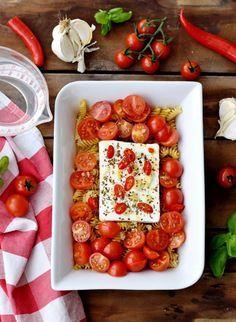 Pasta Recipes, Chicken Recipes, Feta Pasta, Good Food, Yummy Food, One Pot Pasta, Eat Smart, Mini Burgers, Summer Recipes