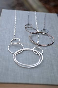 Asymmetric Multi Circle Necklace- large circle necklace, asymmetic circles, silver circles necklace, interlocked circles hammered circles - List of the most beautiful jewelry 14k Gold Necklace, Diamond Solitaire Necklace, Sterling Silver Necklaces, Silver Earrings, Jewelry Necklaces, Silver Ring, Silver Jewellery, Earrings Uk, Silver Bracelets