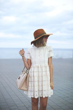 Cute hat and lace t-shirt dress