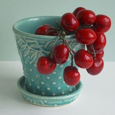 Love this combo — aqua and red STUNNING. I have this piece but I don't think it is that color blue/aqua Mccoy Pottery, Vintage Pottery, Pottery Art, Red And Teal, Dark Red, Aqua Blue, My Favorite Color, My Favorite Things, Cherries Jubilee