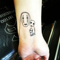 MY NEW TATTOO SO HAPPY!! No face and kodamas #noface #tattoo #spiritedaway #princessmononoke #studioghibli