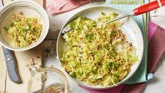 Veganes Kürbis-Kokos-Curry | maggi.de Asia Salat, Maggi, Guacamole, Cabbage, Rice, Mexican, Vegetables, Ethnic Recipes, Food