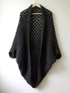 Granny Crochet Cocoon Shrug Free Pattern #shrugs