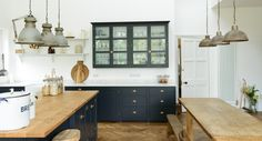 Arts and Crafts Kent Kitchen | deVOL Kitchens Glasses cupboard + open shelving