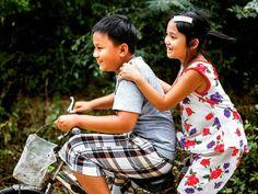 #smile #children #child #cute #smile #childportraits #igs_asia #portrait #portraitpage #portraits_ig #portrait_shots #igphotoworld #picoftheday #photooftheday  #canonasia @visitvietnam @charmingvietnam @canonvietnam #canon7d #geo @natgeotravel #thisislifedaily @unlimitedasia #kid #kids #joy #happiness