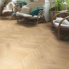 INT4097   Granola Oak Extra Matt   Beautiful laminate, timber & vinyl floors Laminate Flooring Colors, Plank Flooring, Vinyl Flooring, Skirting Board Covers, Quick Step Flooring, Cork Wood, Floor Sitting, Doors And Floors, Natural Wood Flooring