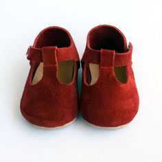 Red Baby Shoes, Baby Moccasins Girl, Leather Baby Shoes, Infant Booties,  Newborn Crib Shoes, Baby Shower Gift, Baby Girl Shoes 4e2c759d332c