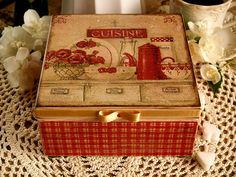 "Jewelry , tea , cookie box "" Cozy kitchen "" rustic elements / Decoupage technique box vintage looking. Shabby chic . Rustic style. Unique.."
