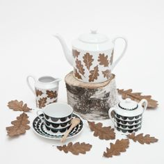 Elisabeth Dunker for Rym / Fine little day Special Dinnerware, Fresco, Best Design Blogs, Autumn Tea, Cool Tables, Best Dishes, Ceramic Decor, Natural Cleaning Products, Handmade Home