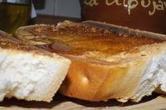 Tostas de AOVE y miel. Magnífica combinación de dulce y salado.