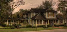 Wonderful Innkeepers, beautiful home. Jefferson, TX - where I'd love to live.  *sigh*