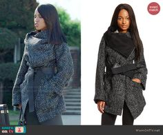 Olivia's black tweed wrap coat on Scandal.  Outfit Details: http://wornontv.net/47051/ #Scandal