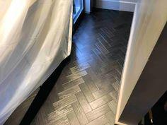 Herringbone pattern floor Hardwood Floors, Flooring, Luxury Vinyl Tile, Vinyl Tiles, Floor Patterns, Herringbone Pattern, Tile Floor, Black, Ideas