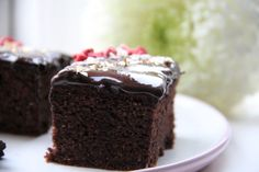 Najlepší perník bez cukru a bez múky - Nie som z cukru Great Recipes, Low Carb, Desserts, Food, Basket, Diet, Tailgate Desserts, Deserts, Essen
