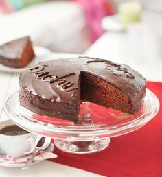 Sacherkakku | Maku Pudding, Cake, Desserts, Food, Tailgate Desserts, Deserts, Custard Pudding, Kuchen, Essen